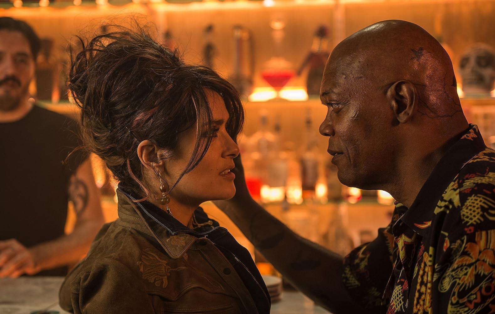 Salma Hayek and Samuel L. Jackson in The Hitman's Bodyguard (2017)