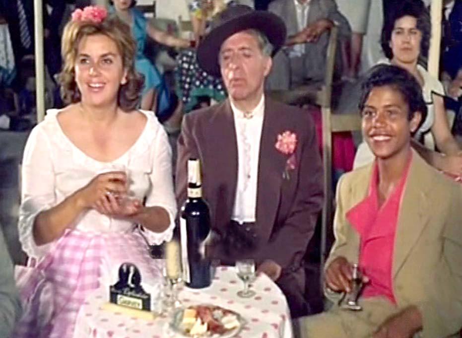 Miguel Ligero, Ana Mariscal, and Juan Salazar in Feria en Sevilla (1962)