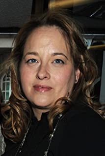 Beatie Edney Picture