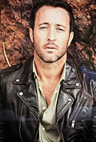 Primary photo for Alex O'Loughlin
