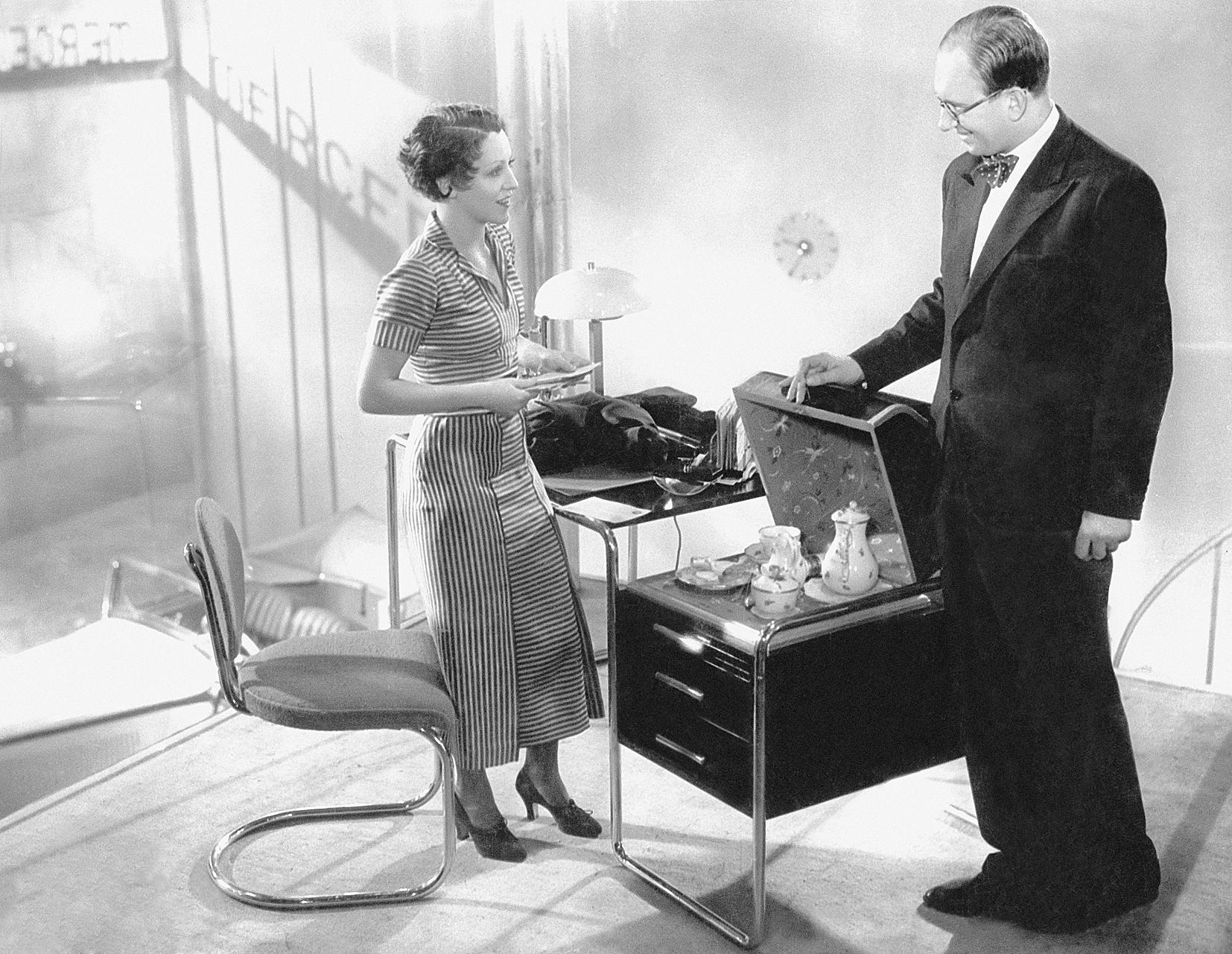 Werner Finck and Käthe von Nagy in Einmal eine große Dame sein (1934)