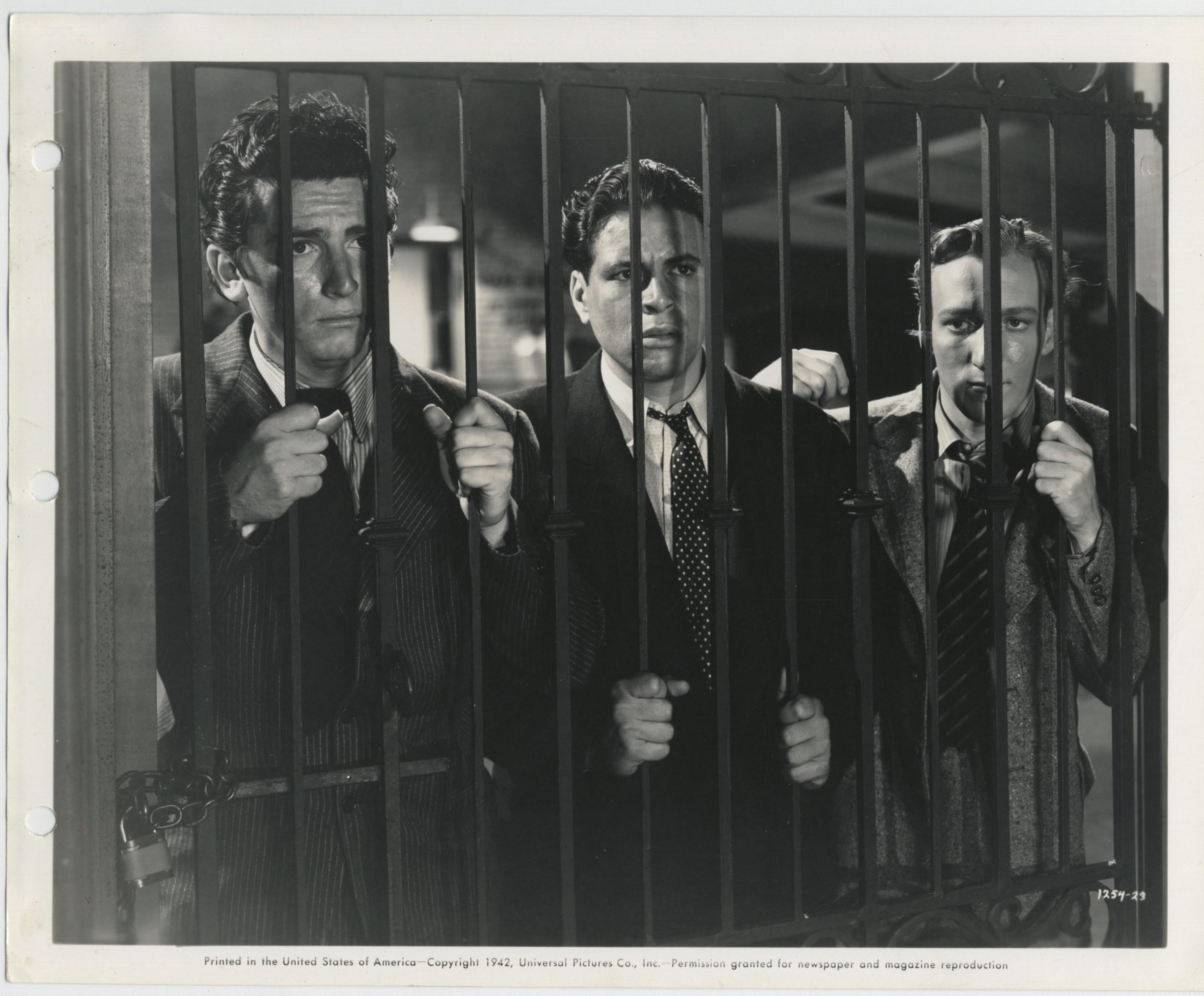 Gabriel Dell, Huntz Hall, and Bernard Punsly in Mug Town (1942)