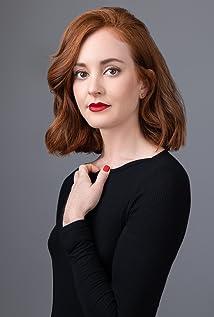 Elizabeth Rian Picture