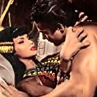 Chelo Alonso and Mark Forest in Maciste nella valle dei Re (1960)