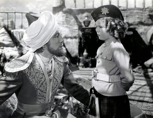Wee Willie Winkie (1937) Online Subtitrat in Romana
