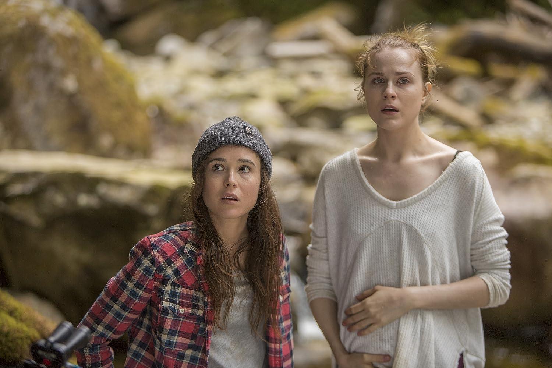 Ellen Page dan Evan Rachel Wood dalam Into the Forest (2015)