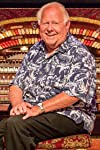 Bill Field, Organist and Host at Old Town Music Hall for More Than Half a Century, Dies at 80