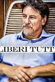 Primary photo for Liberi tutti