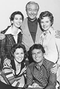 Primary photo for Father Knows Best: Home for Christmas