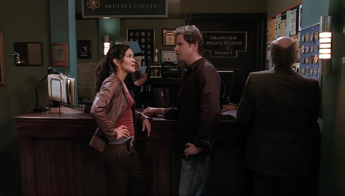 Jamie Kennedy and Ion Overman in Ghost Whisperer (2005)