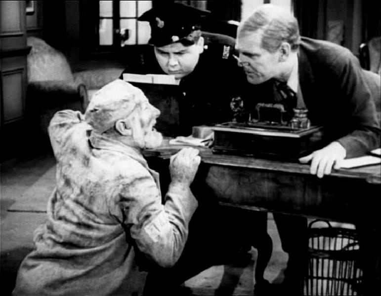 Will Hay, Moore Marriott, and Graham Moffatt in Convict 99 (1938)