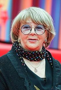 Alla Surikova Picture
