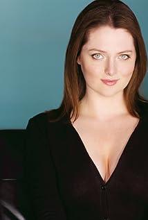 Lauren Ash Picture