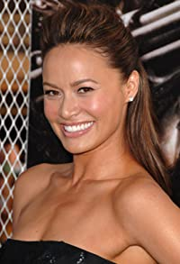 Primary photo for Moon Bloodgood