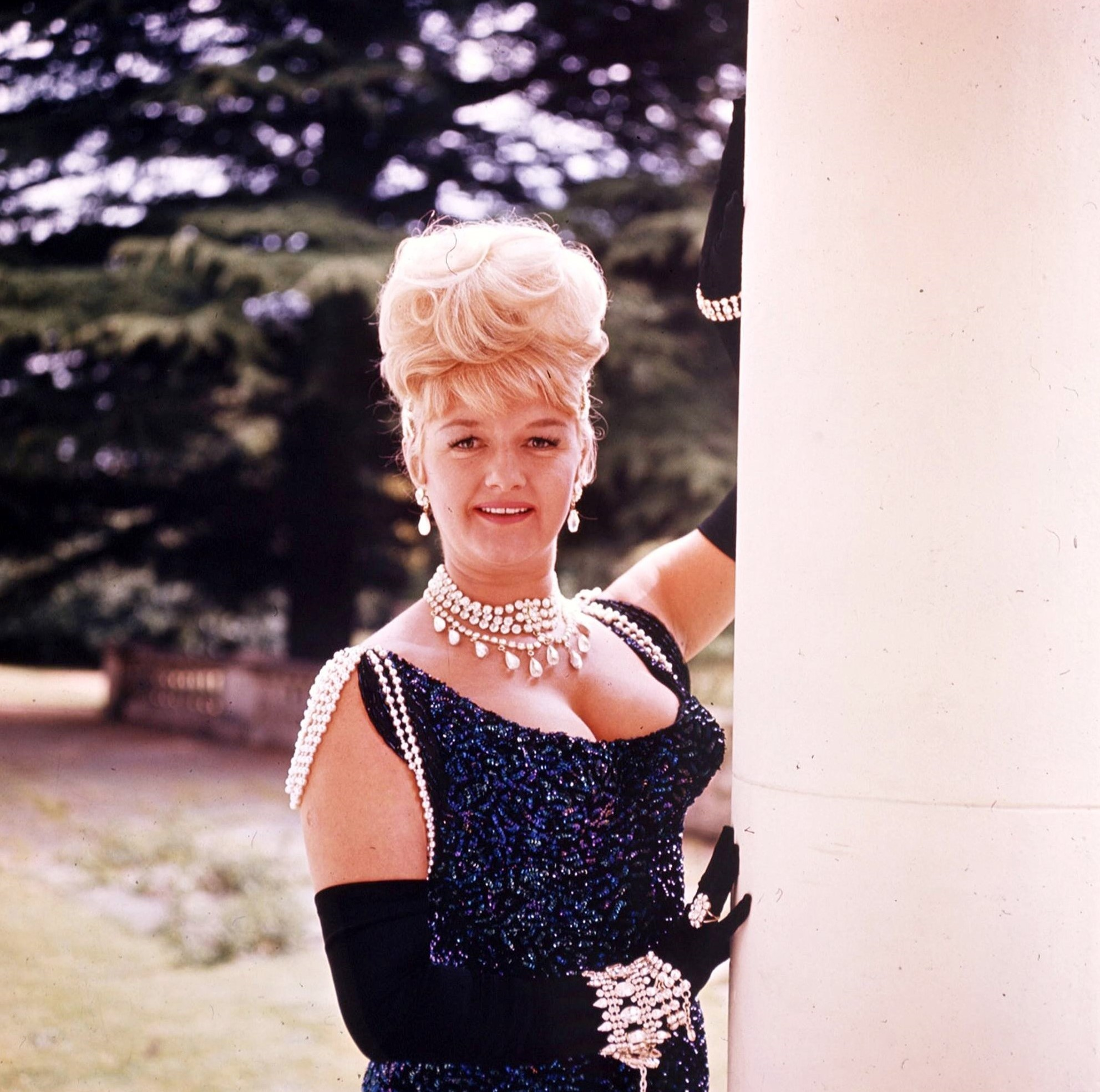 Joan Sims in Carry On Cowboy (1965)