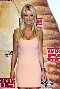 Primary photo for Tara Reid