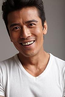Michael Tong
