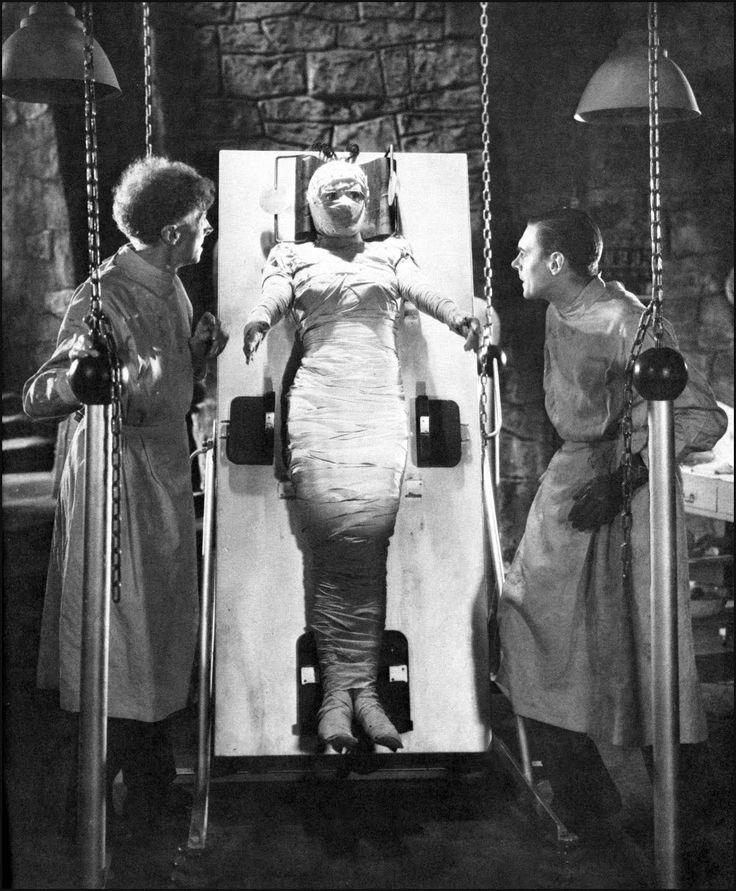 Elsa Lanchester, Colin Clive, and Ernest Thesiger in Bride of Frankenstein (1935)