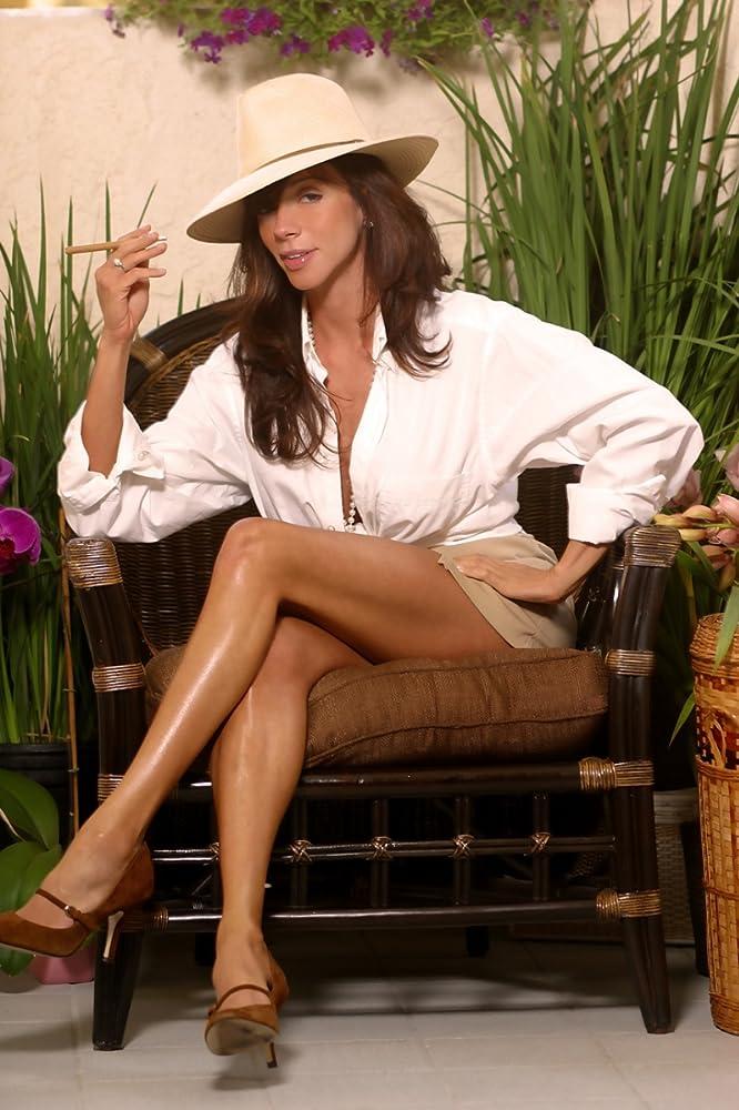 Ariella Ferrera naked 513