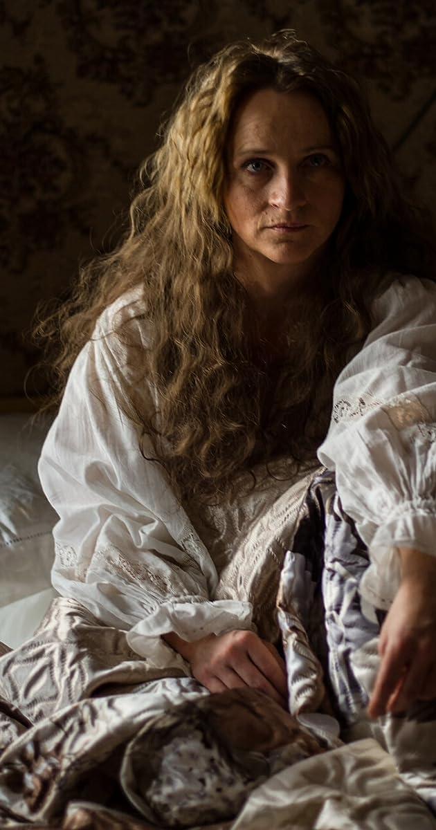 Isabel Schosnig - IMDb