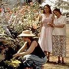 Greta Scacchi, Madhur Jaffrey, and Sakina Jaffrey in Cotton Mary (1999)