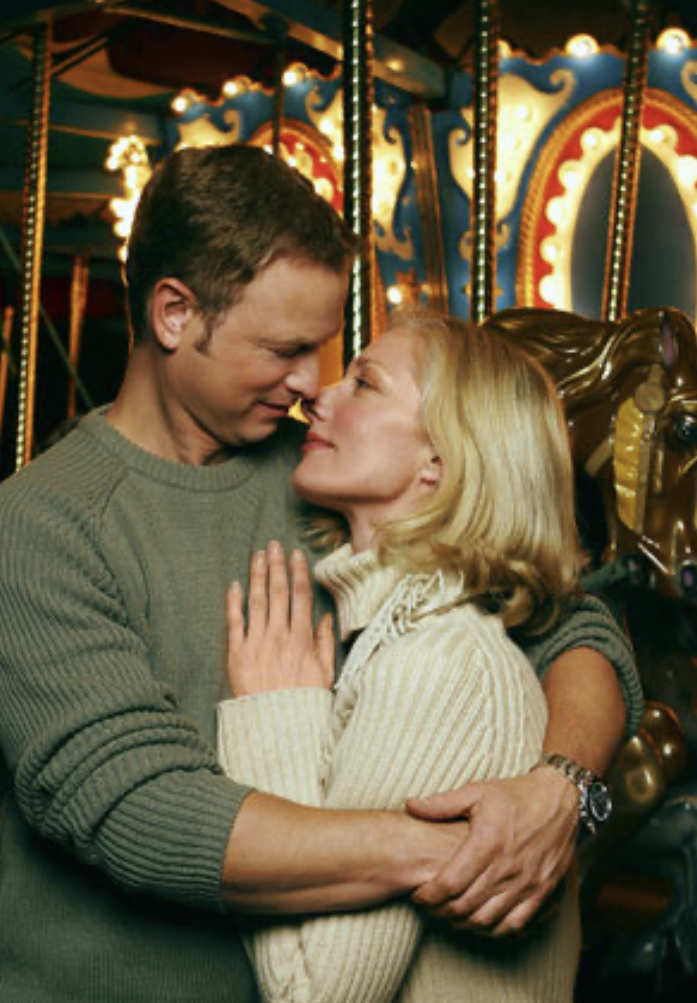 Joely Richardson and Gary Sinise in Fallen Angel (2003)