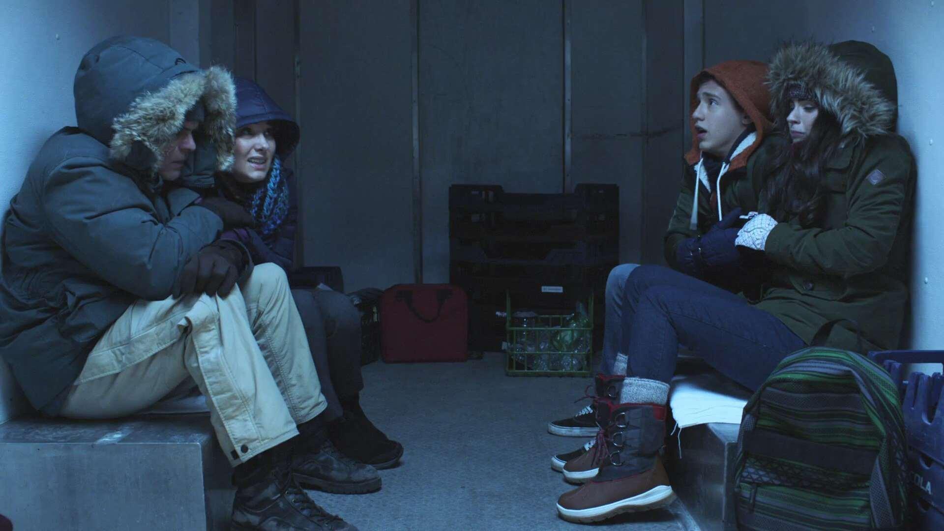 Martin Cummins, Kirsten Robek, Sarah Desjardins, and Nick Purcha in Cold Zone (2017)