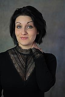 Annika Strauss Picture