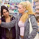 Maryam Hassouni and Eva van de Wijdeven in Dunya & Desie (2008)