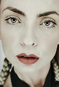 Primary photo for Elle Viane Sonnet