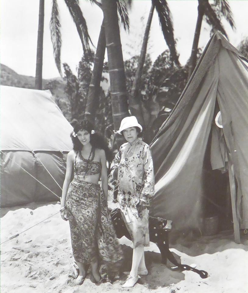 Myrna Loy and Jane Winton in Across the Pacific (1926)