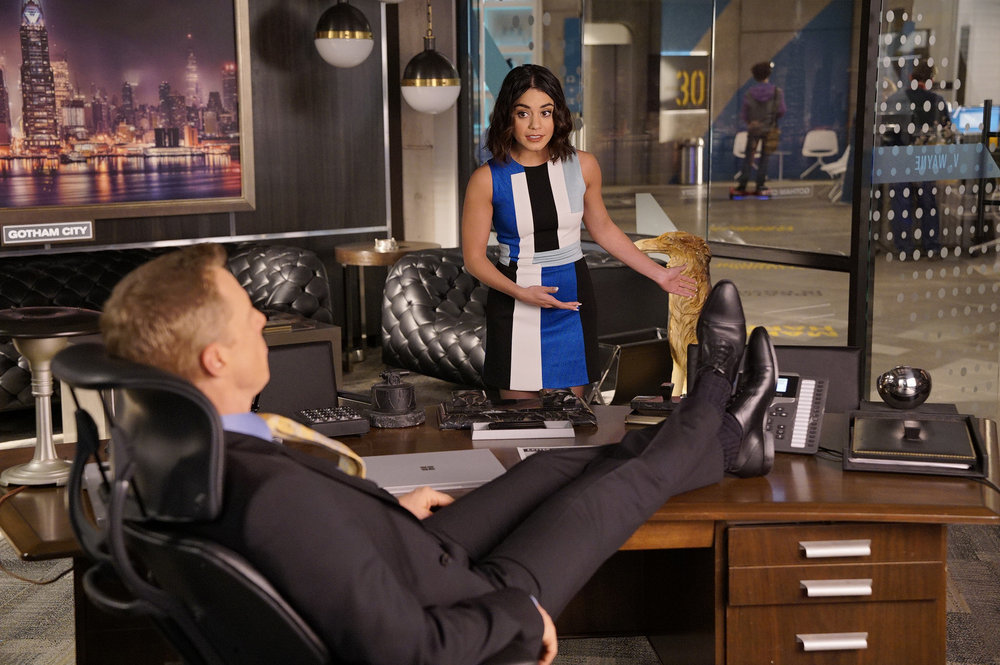 Alan Tudyk and Vanessa Hudgens in Powerless (2017)
