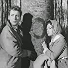 Thomas Alder and Renate Ewert in Der rote Kreis (1960)