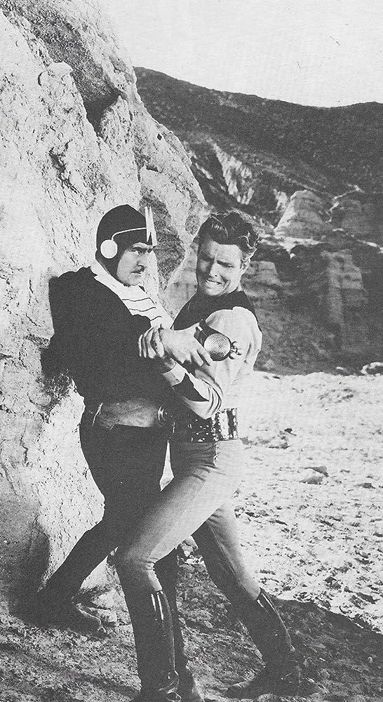 Buster Crabbe and Wheeler Oakman in Buck Rogers (1939)