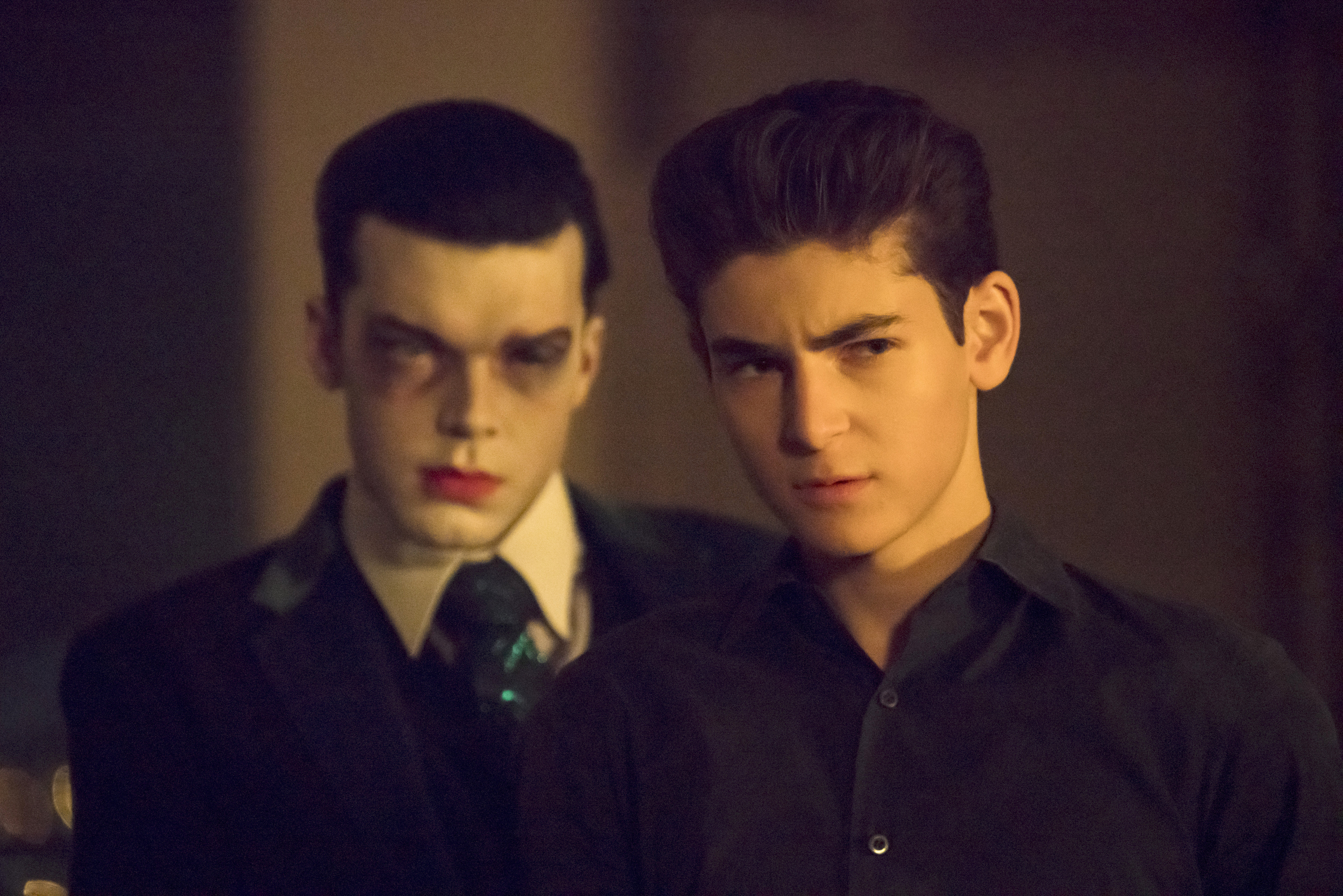 Cameron Monaghan and David Mazouz in Gotham (2014)