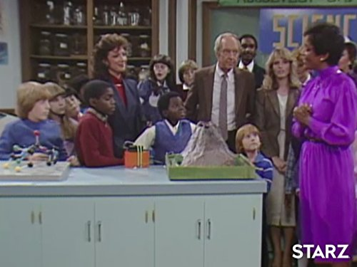 Conrad Bain, Dixie Carter, Gary Coleman, Danny Cooksey, Shavar Ross, Nikki Swasey Seaton, and Emily Yancy in Diff'rent Strokes (1978)