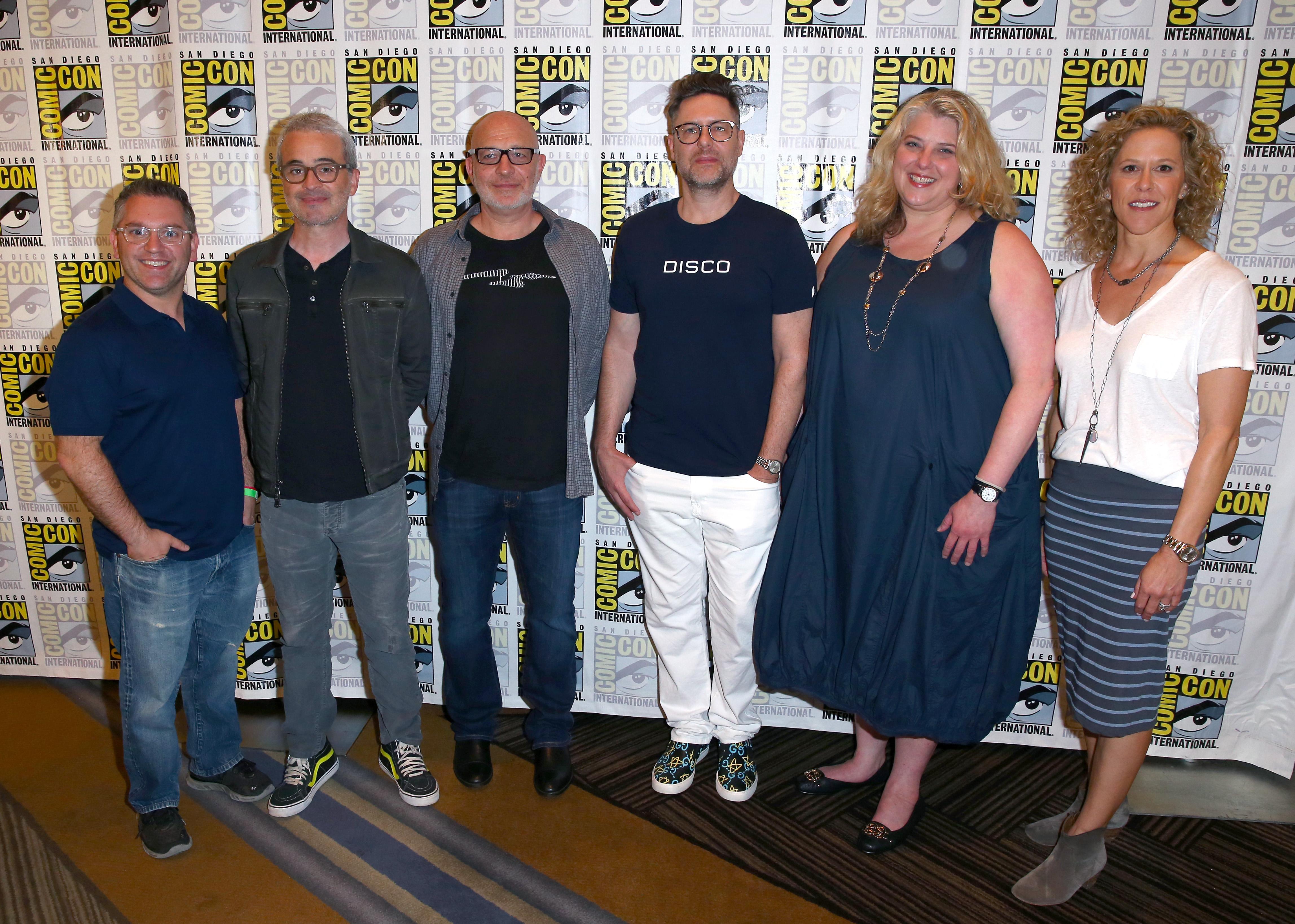 Gretchen J. Berg, Akiva Goldsman, Aaron Harberts, Alex Kurtzman, Trevor Roth, and Heather Kadin at an event for Star Trek: Discovery (2017)