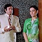 Sanjeev Kumar and Vidya Sinha in Pati Patni Aur Woh (1978)