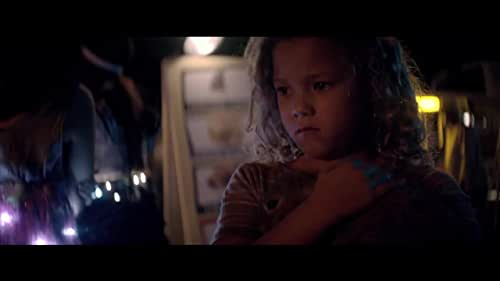 While trying to orient her unforgiving new environment, Arlen is captured by a savage band of cannibals and quickly realizes she'll have to fight her way through her new reality. As Arlen adjusts to life in 'the bad batch' she discovers that being good or bad mostly depends on who you're standing next to.