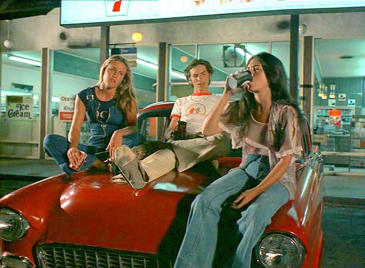 Boobs the pom pom girls teen movie
