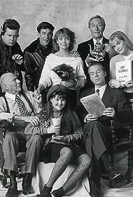 Bonnie Hunt, Andy Lauer, Michael McKean, Joel Murray, John Neville, John Randolph, Pamela Reed, and Sara Rue in Grand (1990)