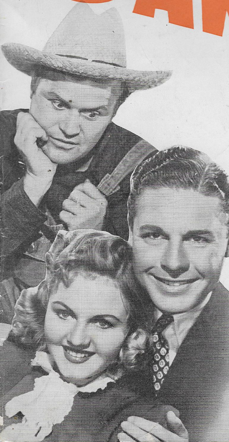 John Archer, Rufe Davis, and June Storey in Barnyard Follies (1940)