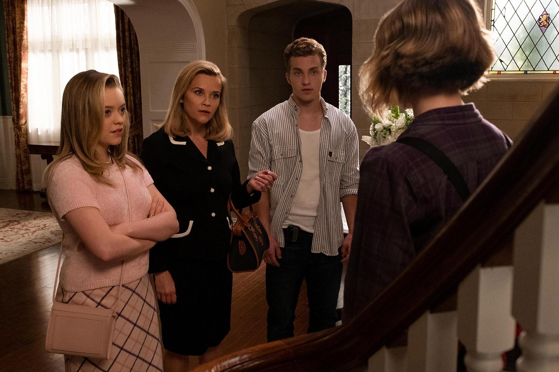 Reese Witherspoon, Jade Pettyjohn, Jordan Elsass, and Megan Stott in The Spark (2020)