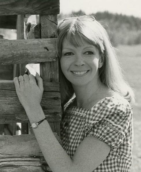 Gloria Carlin in Goldenrod (1976)