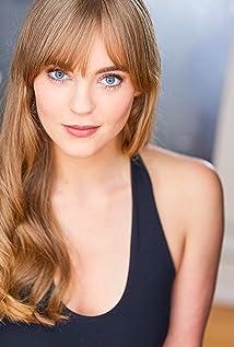 Brookelyn Hebert Picture
