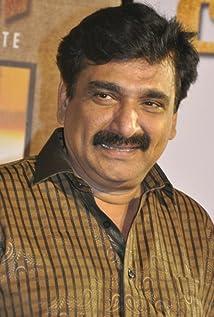 Ramesh Khanna Picture