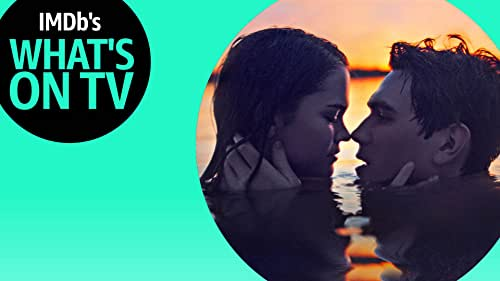 The Biggest YA Stars Spend 'The Last Summer' Together on Netflix