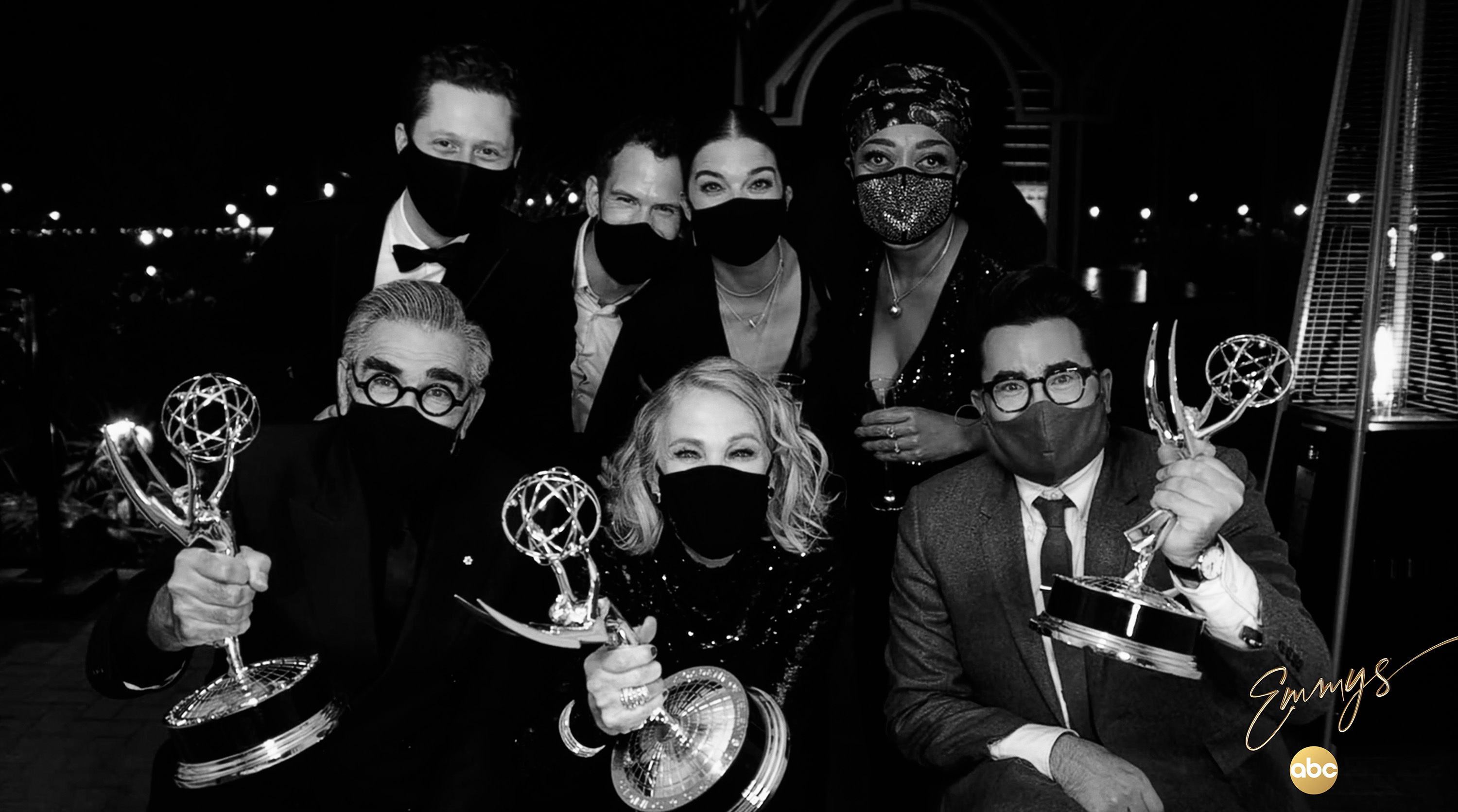 Catherine O'Hara, Eugene Levy, Noah Reid, Karen Robinson, Annie Murphy, Dan Levy, and Andrew Cividino at an event for The 72nd Primetime Emmy Awards (2020)