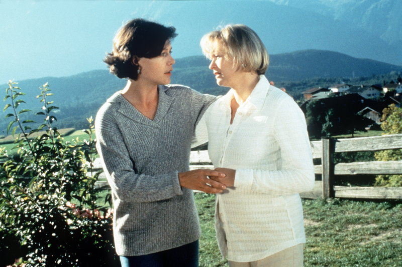 Janina Hartwig and Michaela Heigenhauser in Der Bergdoktor (1992)