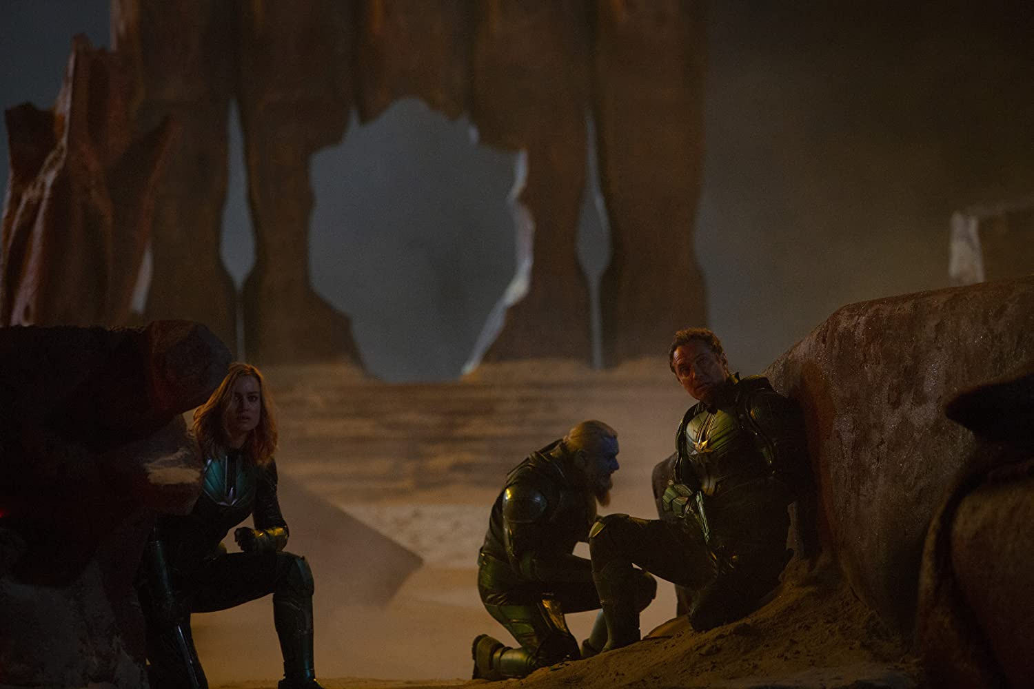 Jude Law, Brie Larson, and Rune Temte in Captain Marvel (2019)